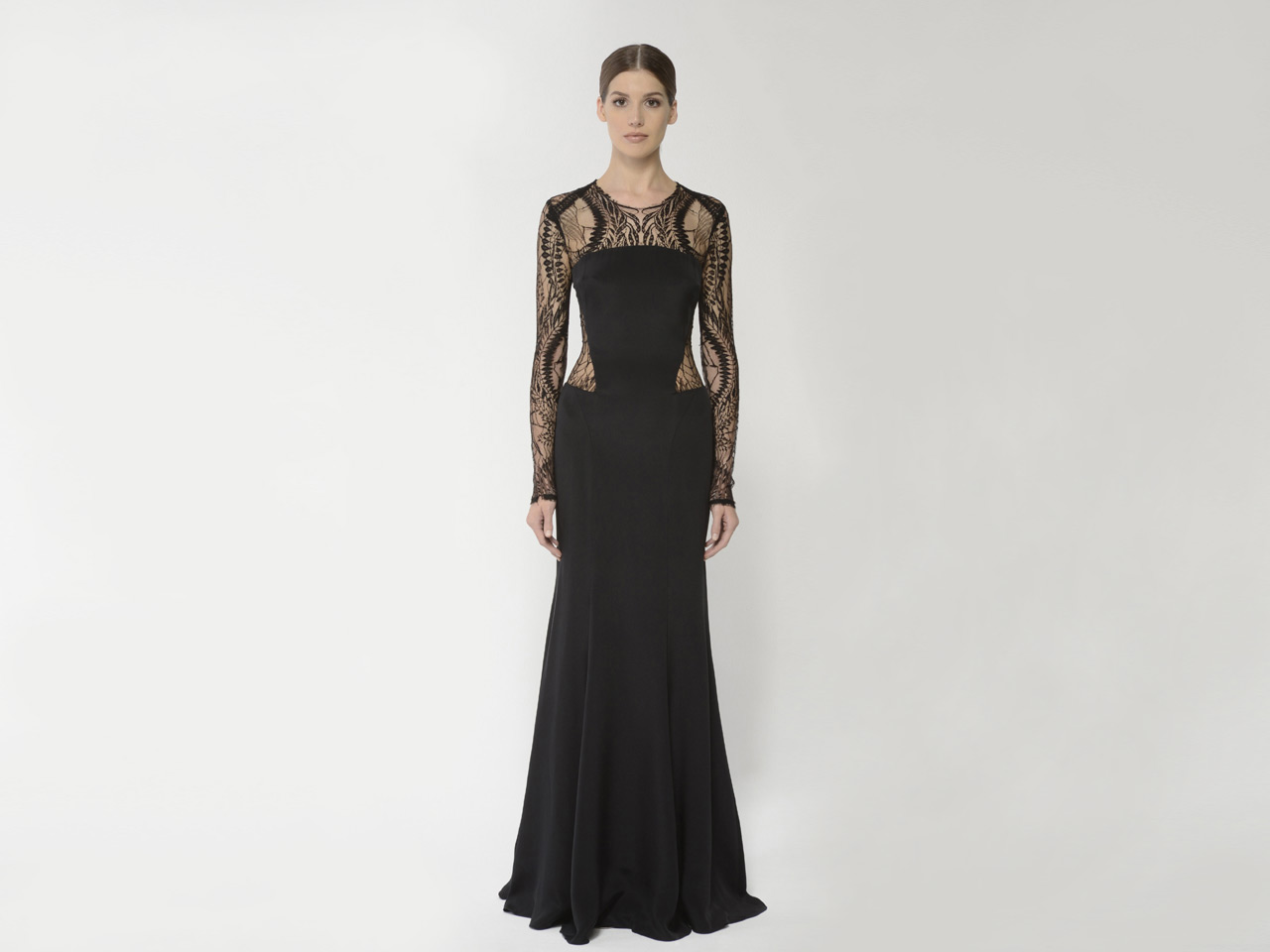 13452-07_black_0_gowns